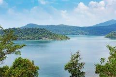 Panoramautsikt av den tropiska ön Arkivbilder