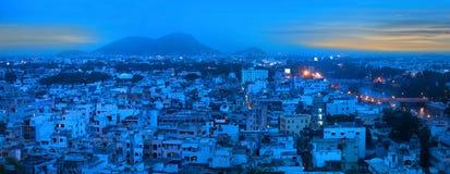 Panoramautsikt av den Vijayawada staden Fotografering för Bildbyråer