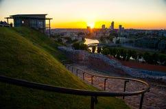 Panoramautsikt av den Vilnius affärsstaden, Litauen royaltyfria foton