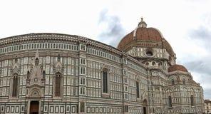 Panoramautsikt av domkyrkan av Santa Maria - Del - Fiore i Florence, Italien arkivbild