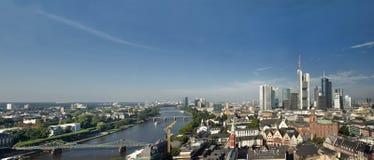 Panoramautsikt av Frankfurt Arkivfoto