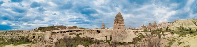 Panoramautsikt av grottabosättningarna royaltyfria bilder