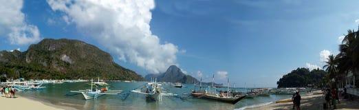 Panoramautsikt av hamnen Palawan för El Nido Royaltyfria Bilder