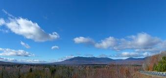 Panoramautsikt av Kingfield Maine arkivbilder