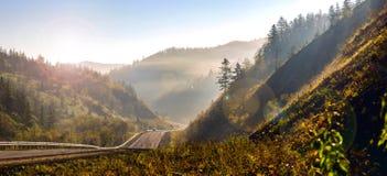 Panoramautsikt av kullarna av Sakhalin Royaltyfri Bild