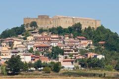 Panoramautsikt av Lagopesole Basilicata italy fotografering för bildbyråer