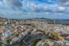 Panoramautsikt av Las Palmas de Gran Canaria på en molnig dag Arkivfoto