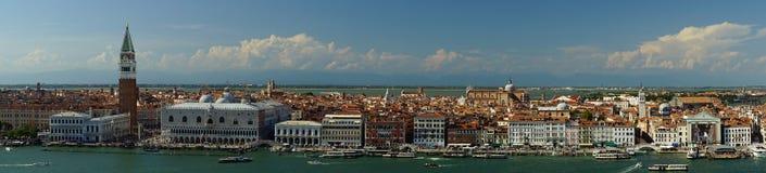 Panoramautsikt av mitten av Venedig Fotografering för Bildbyråer