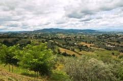 Panoramautsikt av Montefalco. Umbria. Italien. Royaltyfri Fotografi