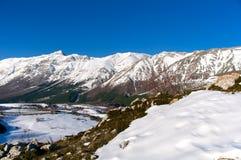 Panoramautsikt av Pizzo Cefalone, Abruzzo, Italien Fotografering för Bildbyråer