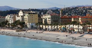 Panoramautsikt av Promenade des Anglais i Nice arkivfilmer