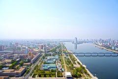 Panoramautsikt av Pyongyang i morgonen DPRK - Nordkorea Arkivbilder