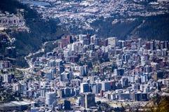 Panoramautsikt av Quito, Ecuador Arkivbilder