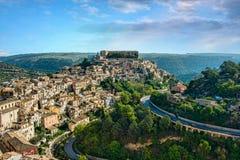 Panoramautsikt av Ragusa arkivfoton