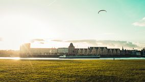 Panoramautsikt av Rheinauhafen i Cologne, Tyskland arkivbild