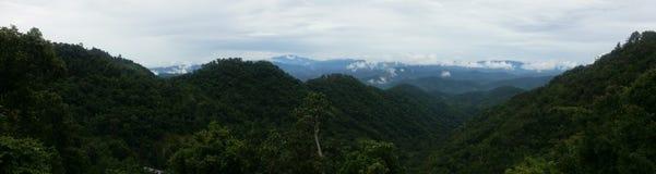 Panoramautsikt av Samerng berg i Chiangmai Thailand Arkivbilder