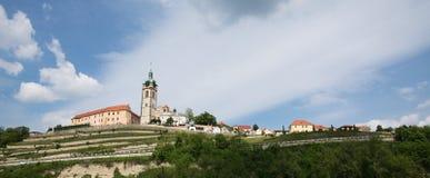 Panoramautsikt av staden av MÄ-› lnÃk, Tjeckien Arkivbilder