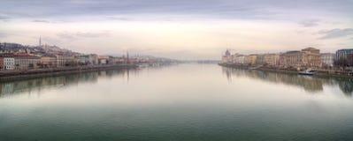 Panoramautsikt av staden Budapest Arkivbild