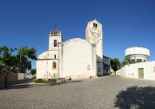 Panoramautsikt av Tavira (kyrkan av SANTA MARIA GÖR Fotografering för Bildbyråer