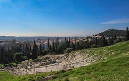 Panoramautsikt av teatern av Dionysus, akropolberg av Aten, Grekland, Europa royaltyfria bilder