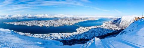 Panoramautsikt av Tromso från Fjellstua Fotografering för Bildbyråer