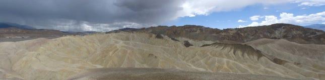 Panoramautsikt av Zabriskie punkt i Death Valley, Kalifornien Royaltyfri Fotografi