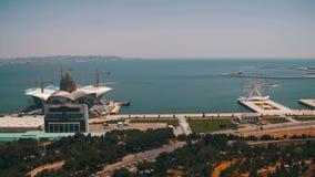Panoramautsikt från ovannämnt till staden av Baku, Azerbajdzjan lager videofilmer