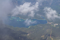 Panoramautsikt från Zugspitzen. Royaltyfri Bild
