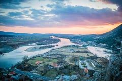 Panoramautsikt i Albanien från den Rozafa slotten i Shkoder, Shkodra royaltyfria bilder