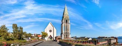 Panoramautsikt Molden Domkirke, domkyrkan av Molde, Norge arkivbilder