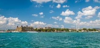 Panoramautsikt till Haydarpasa i Istanbul, Turkiet Fotografering för Bildbyråer