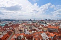 Panoramautsikt till Prague Arkivfoton
