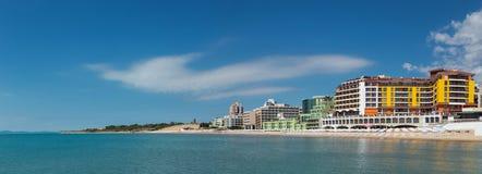 Panoramautsikt till stranden av Nessebar arkivfoto