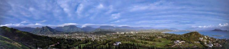 Panoramautsikten av den Lanikai stranden, Oahu, Hawaii från pilleraskar fotvandrar Fotografering för Bildbyråer