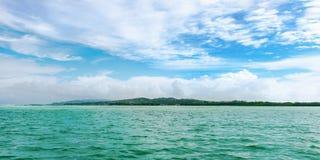 Panoramautsikten av inget Mans land i Tobago den västra Indies tropiska ön Royaltyfria Foton