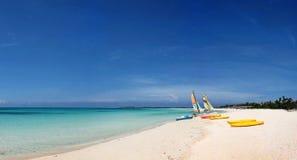Panorami del mare e delle isole Fotografie Stock