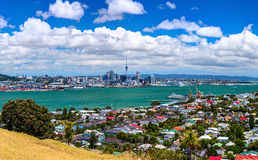 Panoramic aerial view of the Auckland city downtown from the Borough of Devonport peak Royalty Free Stock Photos