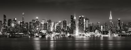 Free Panoramic Black & White View Of Midtown West Skyscrapers At Night. Manhattan, New York City Royalty Free Stock Photo - 123914335