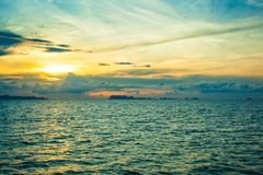 Panoramic dramatic sunset sky and tropical sea at Royalty Free Stock Photos