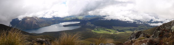 Panoramic mountain lake Royalty Free Stock Photos