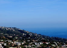 Panoramic ocean view of Laguna Beach from hilltop Royalty Free Stock Images