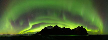 Free Panoramic Of The Northern Lights Over Vestrahorn Mountain At Stokksnes Peninsula In Southeast Iceland Stock Photo - 138781070