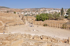 Panoramic of Oval Plaza at Jerash ruins (Jordan) Royalty Free Stock Photo