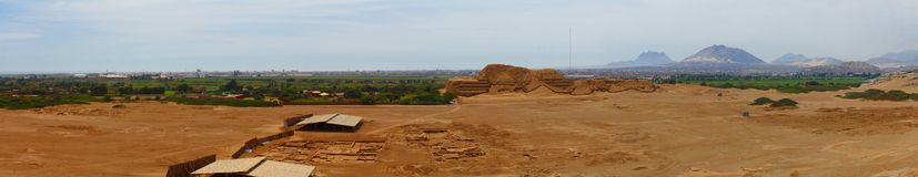 Panoramic photo of Huaca del Sol and archaeological excavations Stock Photography