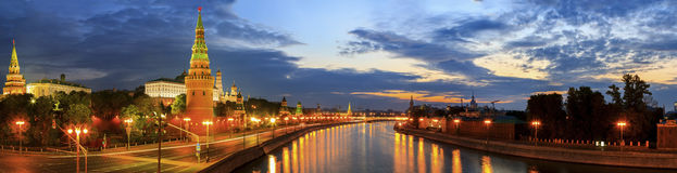 Panoramic photo of the Moscow Kremlin and Moscow river at sunrise Royalty Free Stock Photography