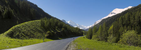 Panoramic road in the Swiss mountains Royalty Free Stock Photography