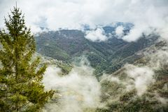 Free Panoramic Top View Of Alps Mountains In Fog And Clouds Royalty Free Stock Photography - 138031367
