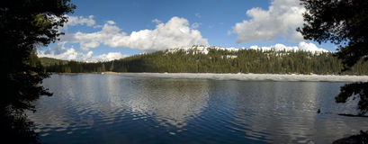 Panoramic view of Alpine Lake at Ebbetts Pass, California Royalty Free Stock Photography