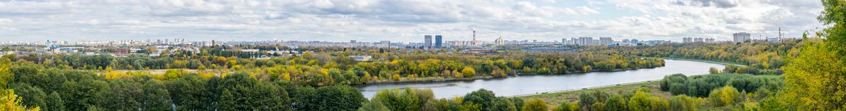 Panoramic image of autumn Moscow from the observation desk in Kolomenskoye stock photography
