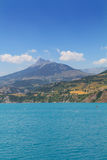 Panoramic view of the beautiful blue lago di Serre-Poncon in the Stock Photography